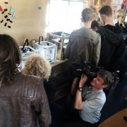 TV-item: Pianobananen en virtueel schommelen